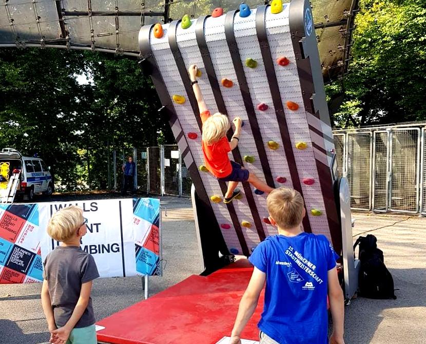Ścianka wspinaczkowa na event Poznań